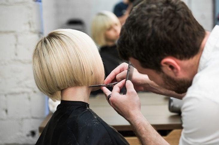 Come scegliere un taglio di capelli corti