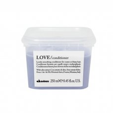 DAVINES ESSENTIAL HAIRCARE LOVE SMOOTH CONDITIONER 250 ml / 8.85 Fl.Oz